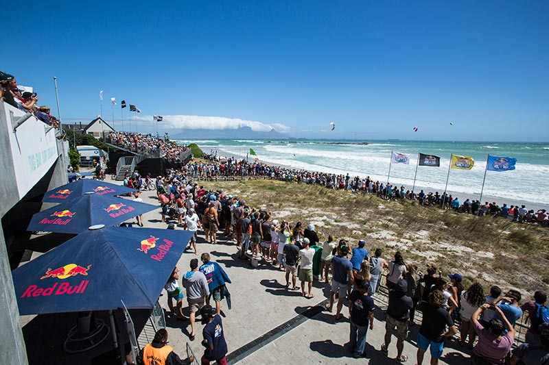 Caption: Big Bay, Cape Town. Theatre of big air dreams at the Red Bull King of the Air  Photo: Christian Black / Red Bull Content Pool