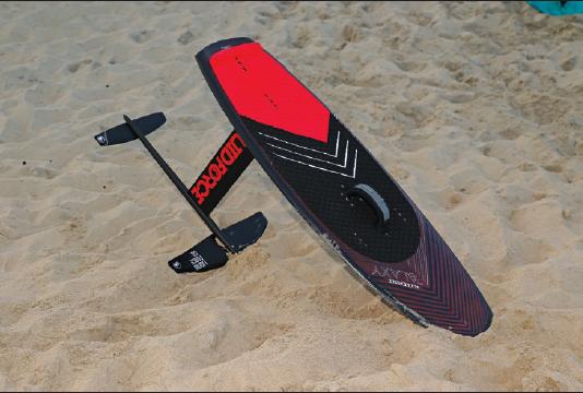 LIQUID FORCE THRUSTER FOIL REVIEW - Kitesurfing Magazine